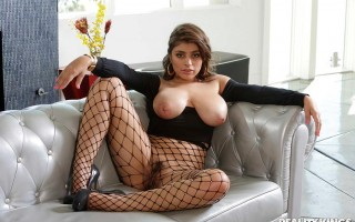 Obsessed With Ella Knox's Breasts
