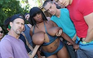 Huge breasted ebony Rachel Raxxx got multiple withe boys jizz