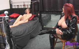 Mistress Jemstone forces Katie K to dildo fuck pussy and cum