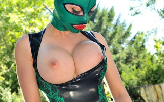 Latex Lucy Shows Her Shaved Pussy & Taut Asshole Outdoors