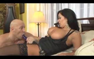 Milf strapon fucks a guy