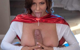 Super MILF Alexis Fawx save a guy and gets reward