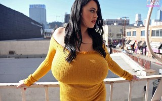 Leanne Crow in a mellow yellow sweater