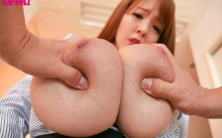 Mega busty teacher Hitomi Tanaka gets some cock