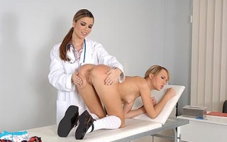 Sexy Blue Angel & Peaches in hot doctor spanking action