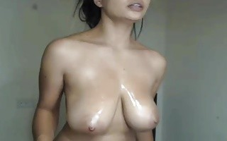 Big Latin Bouncy Oily Tits