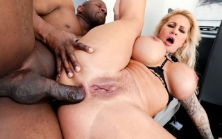 MILF Ryan Conner Interracial Anal & Facial