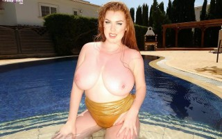 UK babe Sophie Coady wet big boobs in the pool