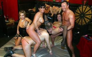 German swingers love to share and fuck