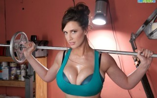 Lana Kendrick Workout Hottie