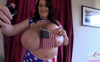 I am still in England where 4th of July has a whole different meaning, but I am still sending all my American fans and friends my well-wishes for this Independence Day and I hope you all have a great, and safe one!